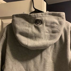LULU men's hoodie! Super warm and comfortable!
